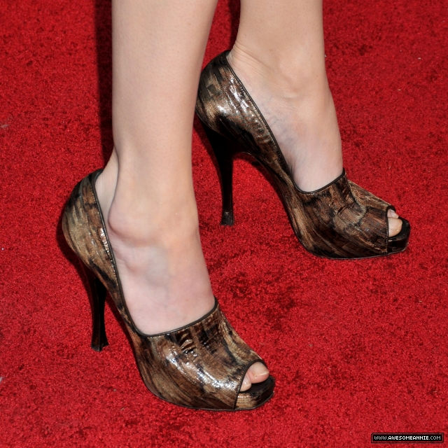 Annie Wersching Feet at 24 Season 7 Finale Party - 2