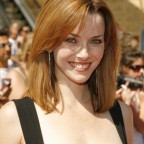annie-wersching-daytime-emmy-awards-2007_fm_01