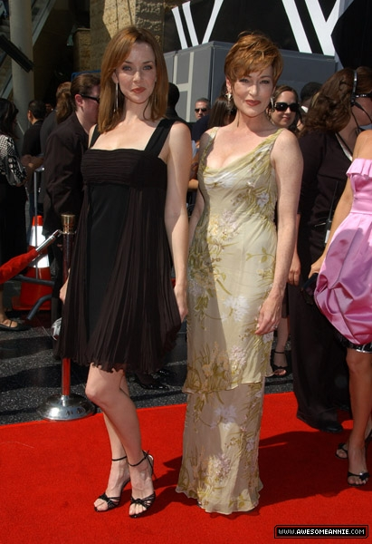 annie-wersching-daytime-emmy-awards-2007_wi_01