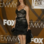 annie-wersching-2007-fox-primetime-emmy-afterparty_04