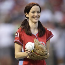 Celebrity Softball Game 2009