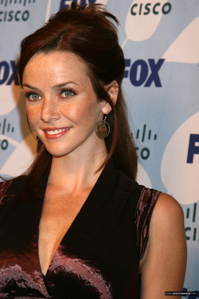 Annie-Wersching-FOX-Fall-Eco-Casino-Party_2008-25