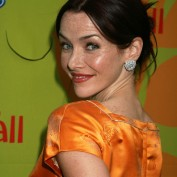 annie-wersching-fox-eco-casino-party2009_10