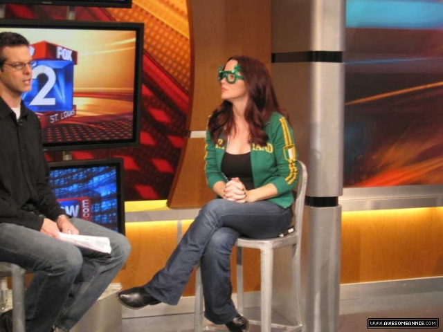Annie Wersching on FOX 2 News St. Louis Morning Show 03