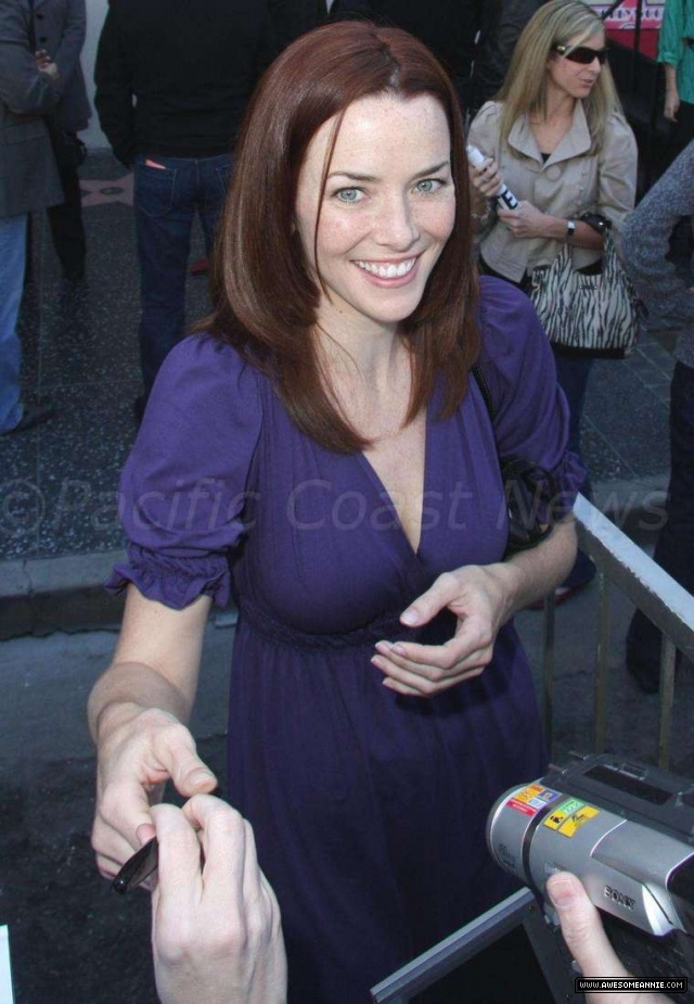 Annie Wersching at Hollywood Walk of Fame for Kiefer Sutherland - 20