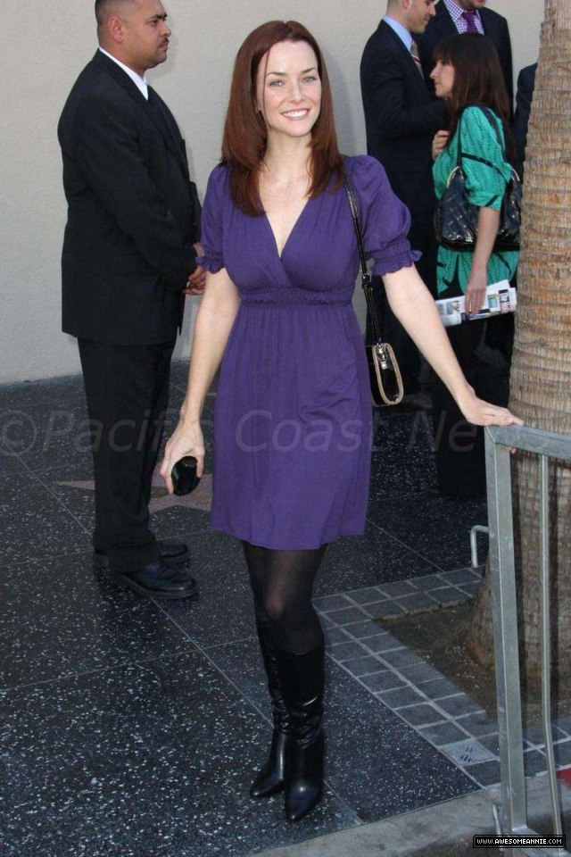 Annie Wersching at Hollywood Walk of Fame for Kiefer Sutherland - 26