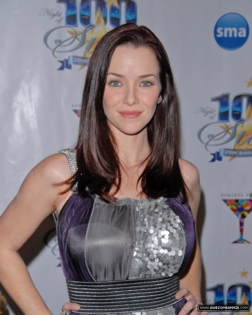 Annie Wersching at 20th Annual Night of 100 Stars