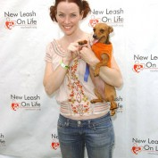 Annie Wersching at Nuts for Mutts Dog Show 2009 - 04