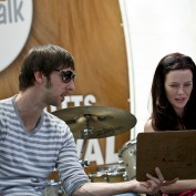 Annie Wersching and Joel David Moore at Nutts for Mutts 2010