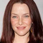 annie-wersching-pregnant-pea-in-the-pod_18