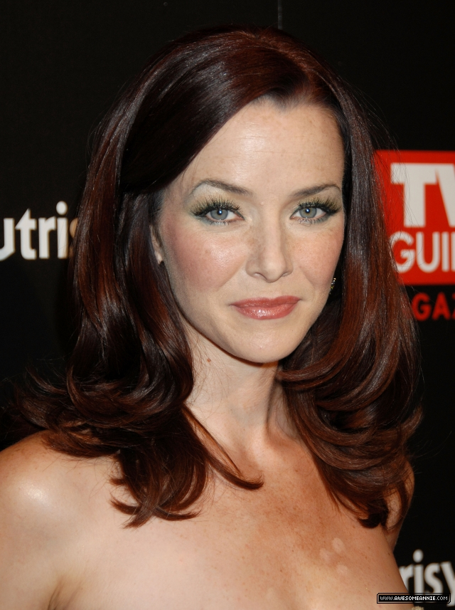 annie-wersching-tv-guide-sexiest-stars-party-2009_01
