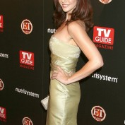 annie-wersching-tv-guide-sexiest-stars-party-2009_07