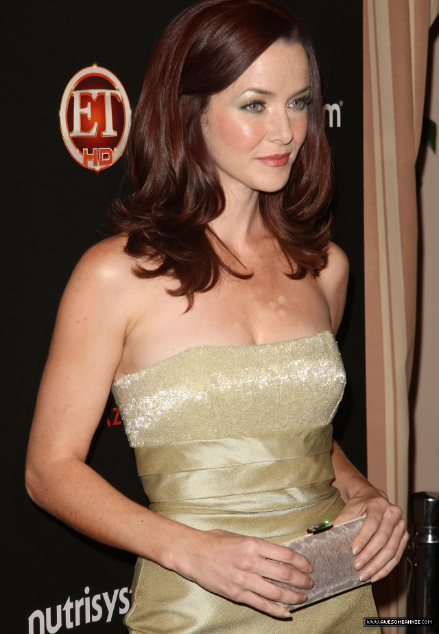 annie-wersching-tv-guide-sexiest-stars-party-2009_16