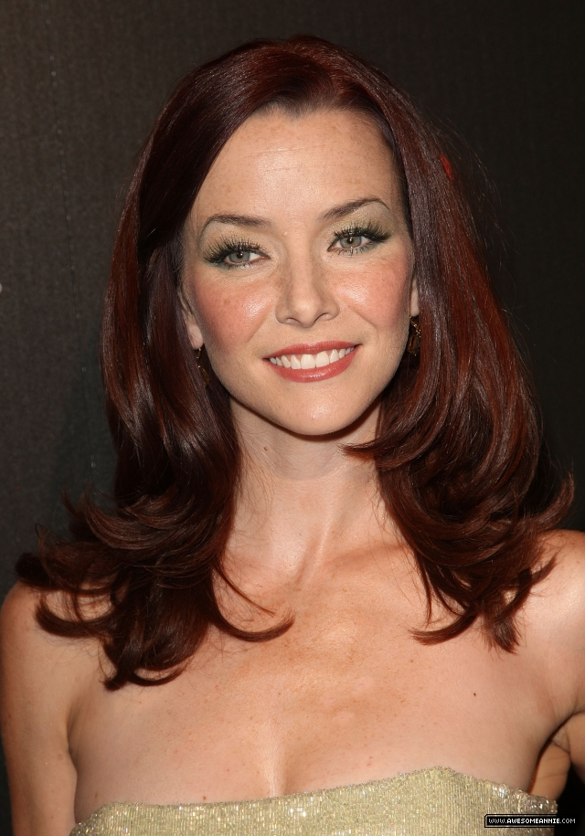 annie-wersching-tv-guide-sexiest-stars-party-2009_17