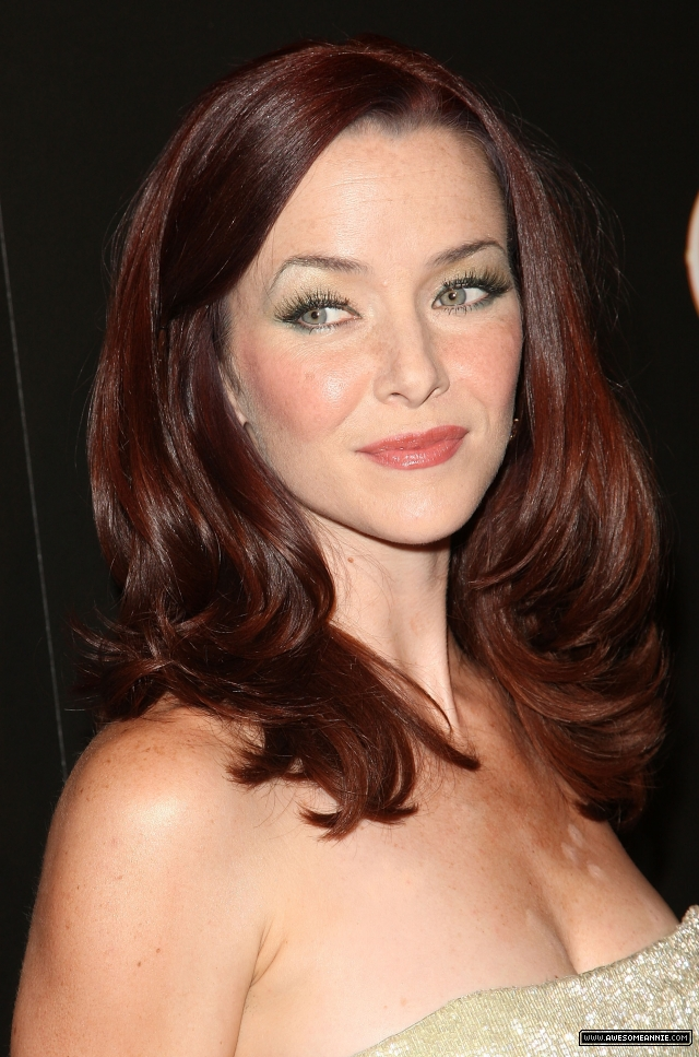 annie-wersching-tv-guide-sexiest-stars-party-2009_18