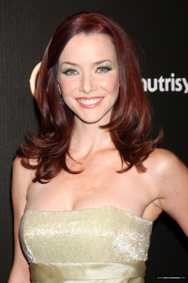 annie-wersching-tv-guide-sexiest-stars-party-2009_29