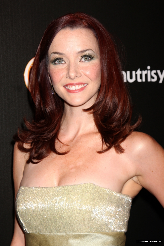 annie-wersching-tv-guide-sexiest-stars-party-2009_30