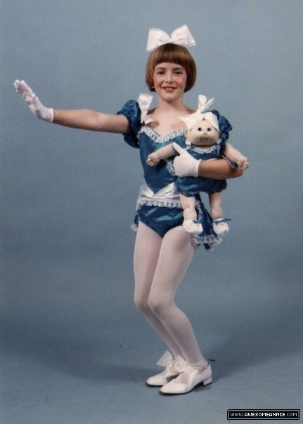 Young Annie Wersching dancing with Cabbage Patch Kid