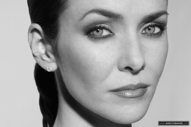 Annie Wersching photo shoot by Jeffrey Vogeding black and white