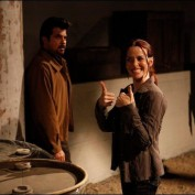 Annie Wersching and Anil Kapoor behind the scenes