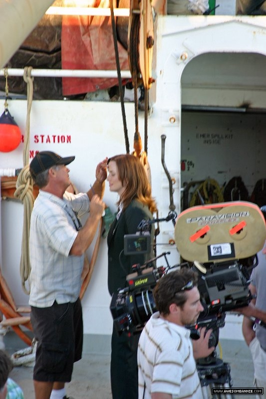 Annie Wersching makeup on ship 24 Season 7