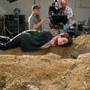 Annie Wersching dirt mound 24 Season 7
