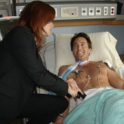 Annie Wersching and Dameon Clarke BTS 24 Hospital set 01
