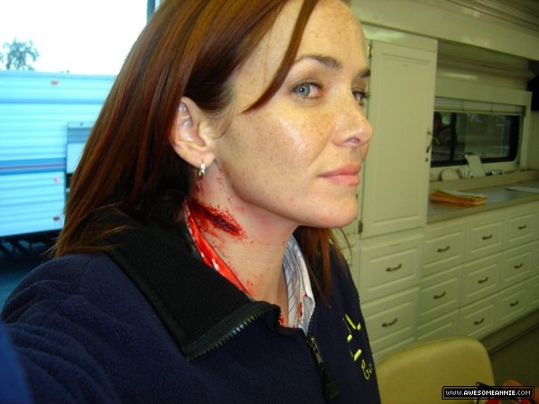 Annie Wersching with Bloody Neck Makeup BTS