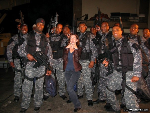Annie Wersching with Juma's assault team 24 Behind the Scenes