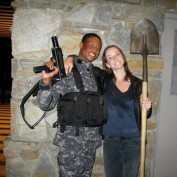 Annie Wersching and Arjay Smith on 24 set