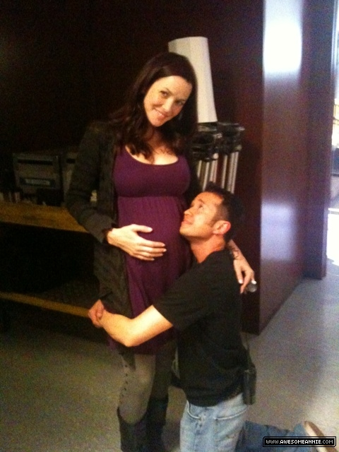 Pregnant Annie Wersching with Sterling Rush on 24 set
