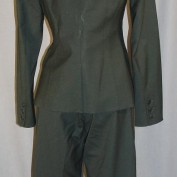 renee-walker-24season7-suit-back
