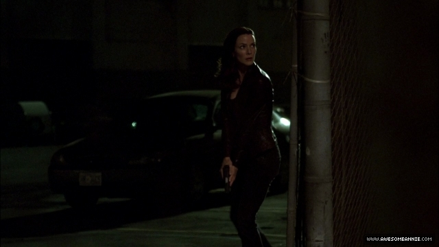Annie Wersching as Renee Walker in 24 Season 7 Episode 11