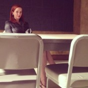 Annie Wersching on Castle set - interrogation room