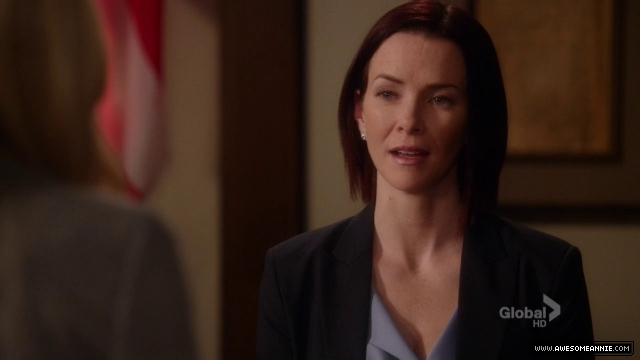 Annie Wersching in Harry's Law - 024