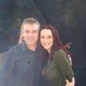 Annie Wersching and Rick Schroder on No Ordinary Family set