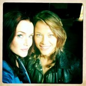 Annie Wersching and Scottie Thompson BTS