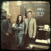 Annie Wersching with Michael Beach and Kenneth Mitchell on Partners set