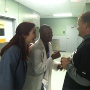 Annie Wersching and Lawrence Gilliard Jr tell joke