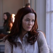 annie-wersching-revolution-promopic1