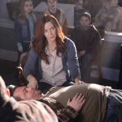 annie-wersching-revolution-promopic3