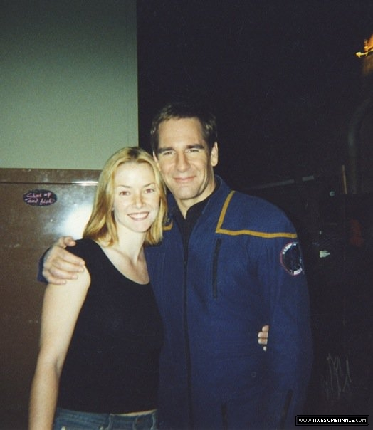 Annie Wersching and Scott Bakula on set of Star Trek Enterprise