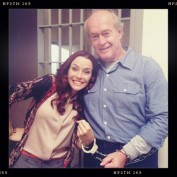 Annie Wersching Touch behind the scenes - handcuffs