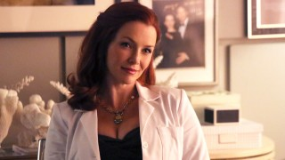 Annie Wersching as Dr. Kelly Nieman in Castle