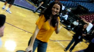 Annie Wersching dances at Scaramento Kings game