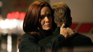 Renee Walker Hugs Jack Bauer - 24 Season 7 Episode 22