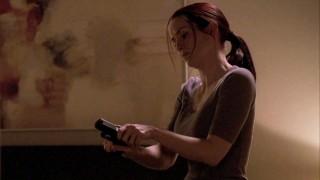 Renee Walker loads pistol - 24 Season 8 episode 13