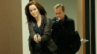 Renee Walker Sneaks Into Building - 24 Season 7 Episode 7