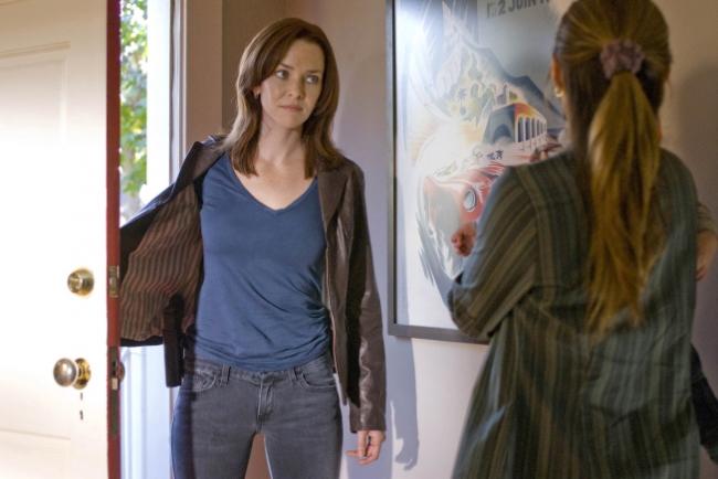 "24′s Annie Wersching: Renee is ""Completely Dangerous ..."